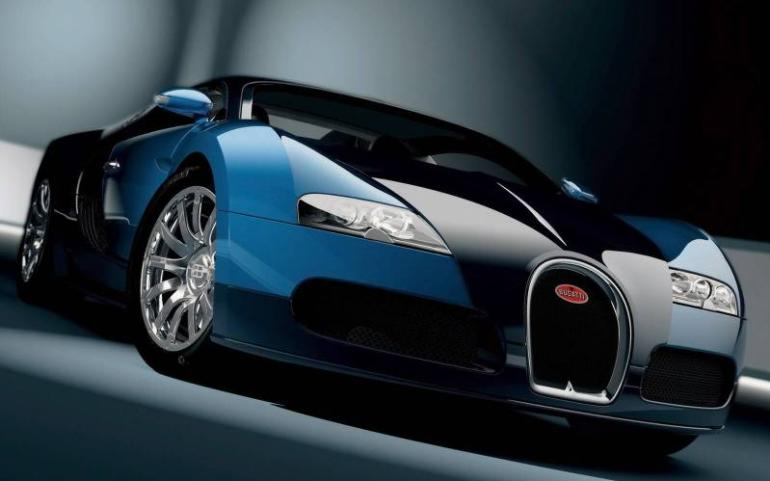 bugatti veyron vs eurofighter typhoon jet
